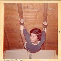 Allenamento agli anelli Sommatino 1973 - Palestra fai da te  - Sommatino (2226 clic)