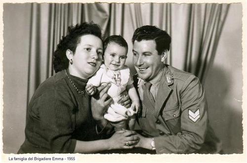 Famiglia Emma Francesco - 1955 - SOMMATINO - inserita il 12-Mar-12