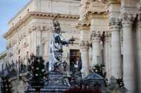 Festa di Santa Lucia_Piazza Duomo  - Siracusa (3925 clic)