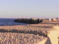 Lato sinistro del molo della marina vecchia di Avola  - Avola (3825 clic)