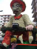 Carnevale di Acireale - Febbraio 2007 -  ( Sfilata carri infiorati )   - Acireale (6236 clic)