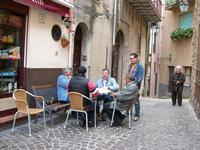 RELAX POMERIDIANO Gioco con le carte in strada: BRISCOLA  - Pollina (2026 clic)