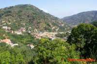 Contrada S.Ignazio vista dalla contrada Acquarancio  - Piraino (6774 clic)