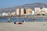Costa Nord: spiaggia nei pressi di Piazza Vittorio Emanuele II (24-08-2010)  - Trapani (4473 clic)