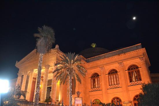 teatro massimo  - PALERMO - inserita il 27-Dec-12