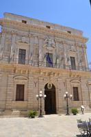 ortigia piazza duomo   - Siracusa (1397 clic)