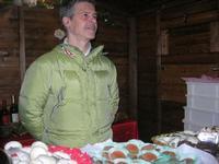dolci tipici locali - Mercatini di Natale - 4 dicembre 2010  - Caltagirone (3508 clic)