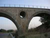 arcate ponte ferroviario - 18 agosto 2010  - Fulgatore (2234 clic)