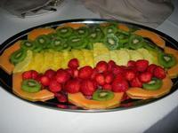 composizione di frutta - Parco Elimi - 26 giugno 2010  - Segesta (9030 clic)
