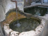 la fontana nella piazzetta - 1 novembre 2010  - Scopello (1535 clic)