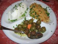 antipasto: ricotta, cous cous, olive condite - Busith - 3 gennaio 2010  - Buseto palizzolo (3690 clic)