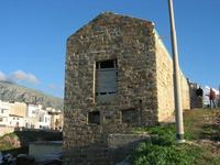 uno scorcio del paese nei pressi del porto - 2 novembre 2010  - Terrasini (1704 clic)