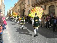Infiorata 2010 - Corteo Barocco - 16 maggio 2010  - Noto (2487 clic)