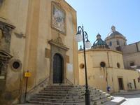 Chiesa di San Giuseppe e cupole della Cattedrale - 9 maggio 2010  - Mazara del vallo (4732 clic)