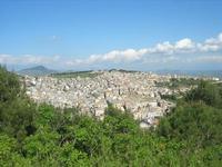 panorama della città - 10 aprile 2010  - Calatafimi segesta (2159 clic)