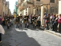 Infiorata 2010 - Corteo Barocco - 16 maggio 2010  - Noto (2890 clic)