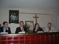 Presentazione del Connubio RizzoMani - Parole in Musica - Francesco Gallina e Donatella Piras - presso la Sala Convegni dell'Istituto Suore Francescane S. Chiara - 24 aprile 2010  - Corleone (3291 clic)