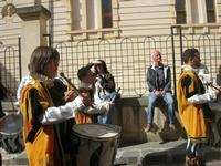 Infiorata 2010 - Corteo Barocco - 16 maggio 2010  - Noto (2811 clic)