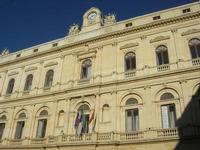 Il barocco Palazzo dei principi Interlandi Bellaprima o Palazzo dell'Aquila, oggi sede del Municipio - 4 dicembre 2010  - Caltagirone (2118 clic)