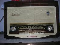 radio antica - 25 aprile 2010  - Castellammare del golfo (1776 clic)