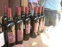 vino siciliano - vecchio mercato - Infiorata 2010 - 16 maggio 2010  - Noto (3348 clic)