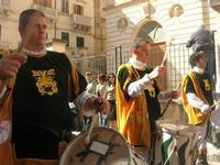 Infiorata 2010 - Corteo Barocco - 16 maggio 2010  - Noto (2765 clic)