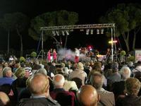 Nico dei Gabbiani - concerto - I SAPORI DELL'ESTATE - manifestazione organizzata dall'Associazione Socio-Culturale GUARRATO-FONTANASALSA - 8 agosto 2010  - Guarrato (2766 clic)