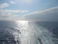 Mar Tirreno - a bordo della nave La Suprema - Grandi Navi Veloci - riflessi di sole e scia - 13 ot