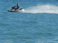 moto d'acqua - 23 ottobre 2011  - Marinella di selinunte (993 clic)