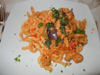 busiate alla siciliana con melanzane, salsiccia, pomodorini e ricotta - Busith - 15 maggio 2011  - Buseto palizzolo (1253 clic)
