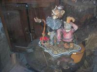 ceramiche in vetrina - Pinocchio, il Gatto e la Volpe - 4 dicembre 2010 CALTAGIRONE LIDIA NAVARRA
