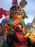 Carnevale - sfilata carri allegorici - 8 marzo 2011  - Cinisi (1687 clic)