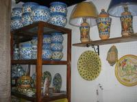 visita ad un laboratorio della ceramica - 4 dicembre 2010  - Caltagirone (2194 clic)