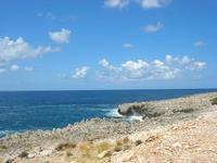 costa rocciosa e mare nei pressi dell'Isulidda - 31 luglio 2010  - Makari (2326 clic)