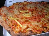 pizza ai quattro formaggi e margherita - 31 agosto 2010  - Chiusa sclafani (4144 clic)