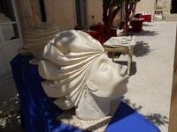 Cortile ex Collegio dei Gesuiti - mostra quadri e sculture - 16 maggio 2010  - Noto (2895 clic)