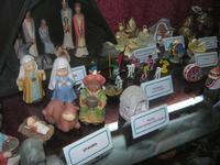 mini presepi da varie parti del mondo - 4 dicembre 2010  - Caltagirone (2277 clic)