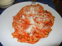 busiate con sugo di maiale e parmigiano grattugiato - Quadrifoglio - 23 ottobre 2011  - Santa ninfa (849 clic)