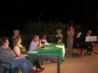 Villa Comunale - ENZO DI PASQUALE presenta IGNAZIA (Edizioni Fazi) - partecipano la jazz singer Fabrizia Gioia ed il maestro Santino Stinco - 11 agosto 2010  - Castellammare del golfo (1798 clic)