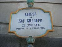 Chiesa di San Giuliano - insegna - 4 dicembre 2010 CALTAGIRONE LIDIA NAVARRA