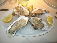 ostriche - La Cambusa - 2 maggio 2010  - Castellammare del golfo (3289 clic)