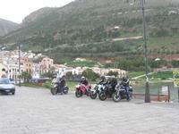 Via Don L. Zangara - 2° MOTORADUNO CITTA' DI CARINI - sosta al Bar Vogue - 28 novembre 2010  - Castellammare del golfo (1426 clic)
