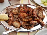 BAGLIO NOVO - secondo: arrosto misto (salsiccia, pancetta, involtino, fettina carne, pollo) - 15 agosto 2011  - Fulgatore (1364 clic)