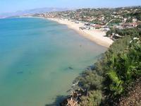 Spiaggia Plaja e panorama del golfo dalla periferia est della città - 17 settembre 2010   - Castellammare del golfo (1240 clic)