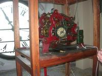 l'orologio del Palazzo VII Aprile - 9 maggio 2010  - Marsala (1571 clic)