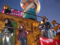 Carnevale - sfilata carri allegorici - 8 marzo 2011  - Cinisi (2226 clic)