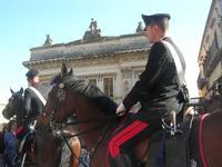 Carabinieri a cavallo - Infiorata 2010 - 16 maggio 2010  - Noto (3478 clic)