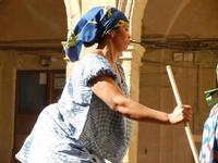 Spettacolo multietnico UNA SOLA FAMIGLIA UMANA nel cortile del Collegio dei Gesuiti - 19 giugno 2011  - Sciacca (536 clic)