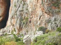 free climbing - falesia all'Isulidda - 1 maggio 2011  - Macari (1775 clic)