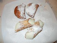 dolci: cannoli e cassatelle - Busith - 1 gennaio 2012  - Buseto palizzolo (781 clic)